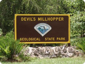 Devil's Millhopper Entrance Sign